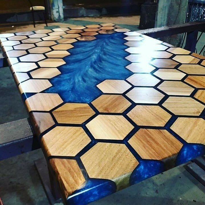 bijenkorf-tables